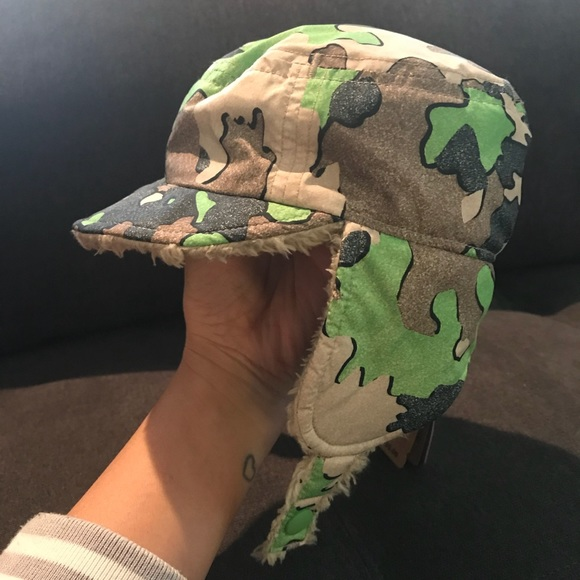 6182b51e Patagonia Accessories | Reversible Baby Hat Camo Fleece New 3m ...